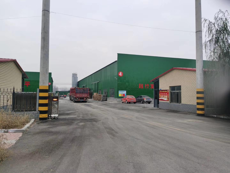 水泥电线杆工厂一角